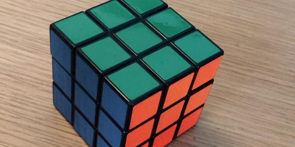 ルービックキューブ 解ける アプリ